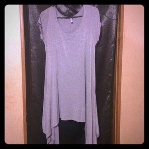 Tops - Long flowy Short Sleeve Top🍃